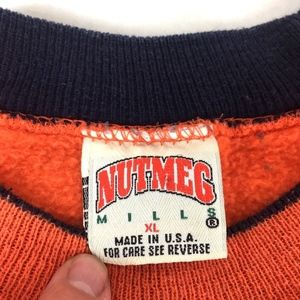 Nutmeg Mills Sweaters - VTG Nutmeg Mills Mens Chicago Bears NFL Sweatshirt